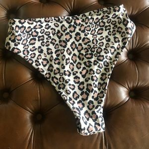 Shein Bikini Bottoms leopard size Large BRAND NEW